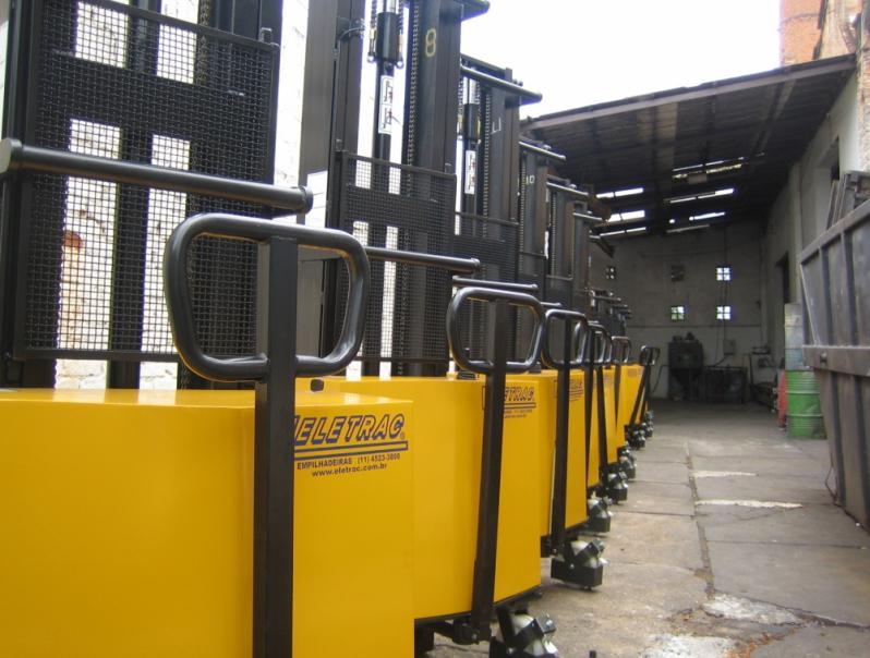 Empilhadeira Semi Elétrica para Alugar Caierias - Empilhadeira Semi Elétrica Paletrans